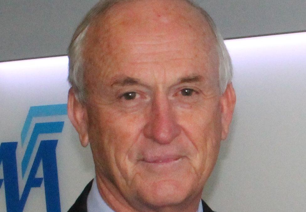 Desmond «Des» Barker, Monsieur Sécurité des meetings aériens se tue dans un accident d'avion