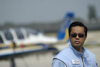 « Tango Bleu » et le monde des meetings aériens en deuil après le décès de Koy Sakuna Kok